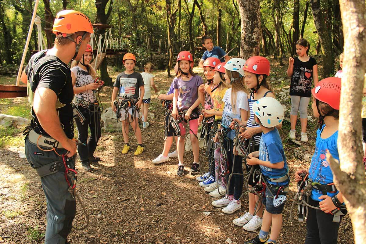 Cadmos village - little adventurers