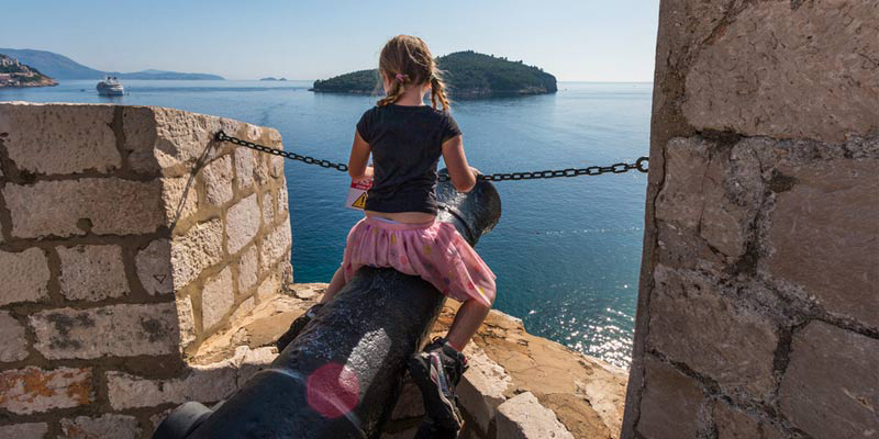 family-friendly-things-to-do-Dubrovnik-citywalls